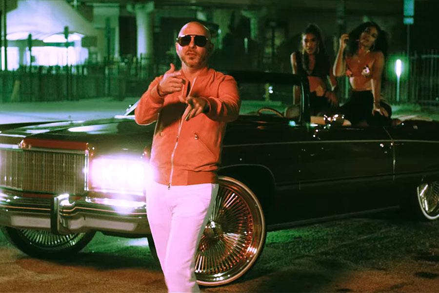 """Pitbull estrena """"Give it to me"""" con Yomil y IAmChino en memoria de El Dany"""