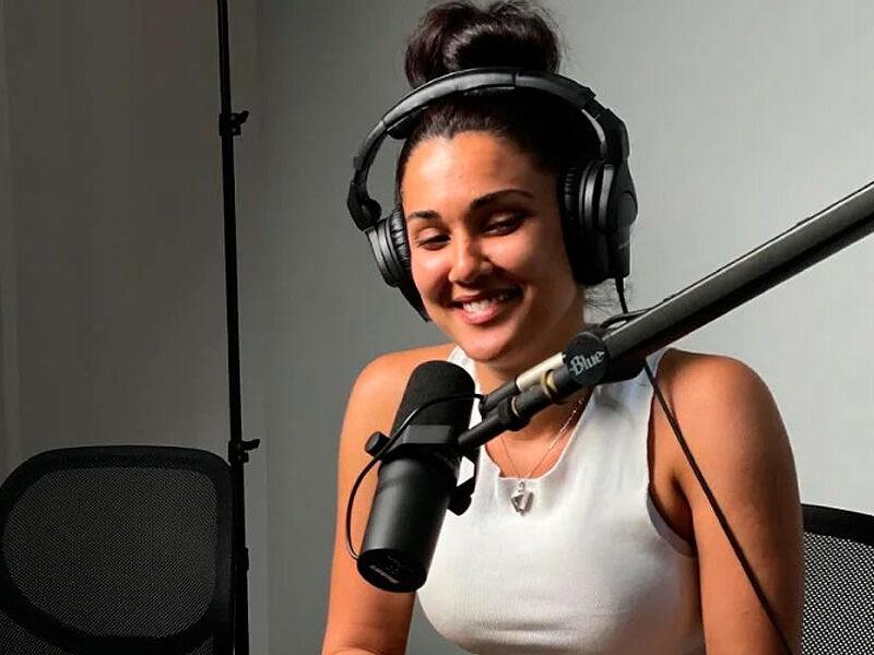 """Camila Arteche estrena podcast """"de mujeres y para mujeres"""""""