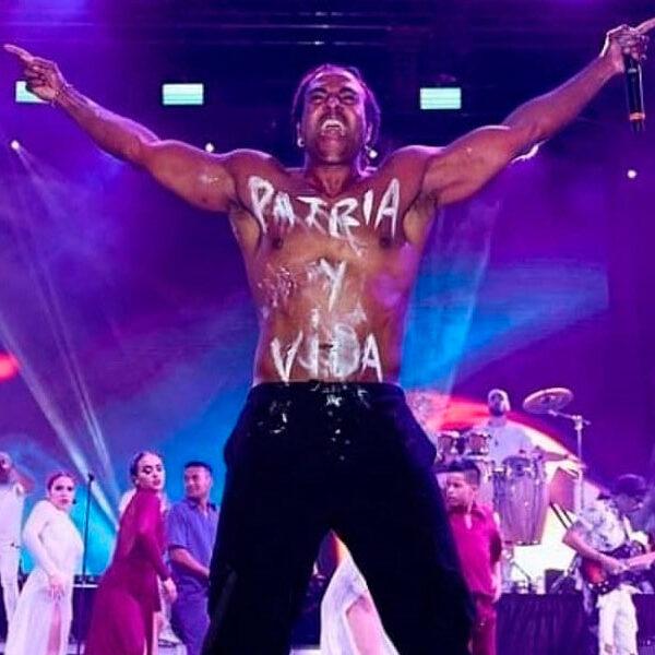 """Yotuel anuncia gira mundial """"Patria y Vida"""""""
