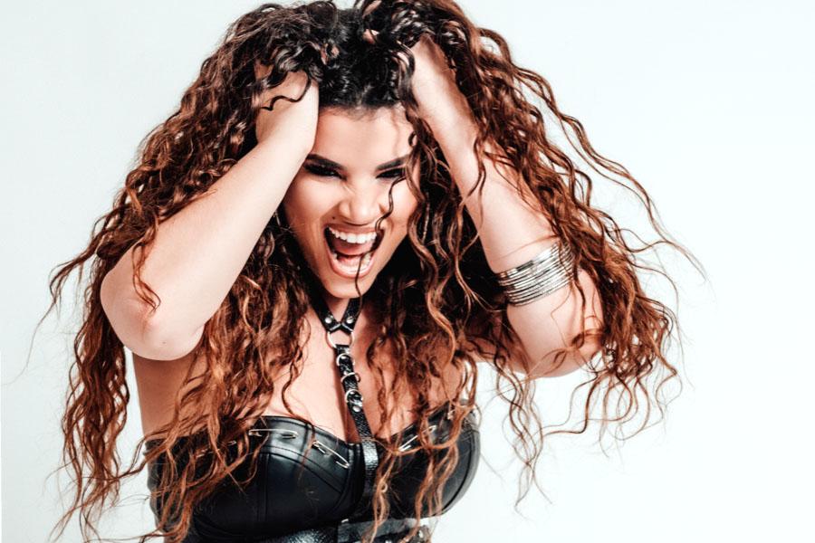 Dunia Ojeda junto a su banda ofrecerá un concierto en el Real Café de Miami