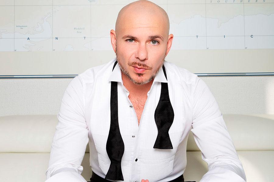 Pitbull está listo para montar... con Echelon Fitness
